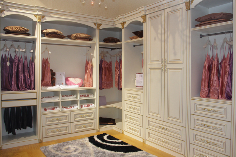 2014欧式风格装修 大户型衣柜设计图