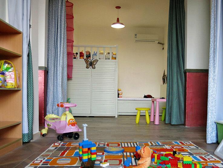 儿童多功能衣柜设计图 看双胞胎卧室装修