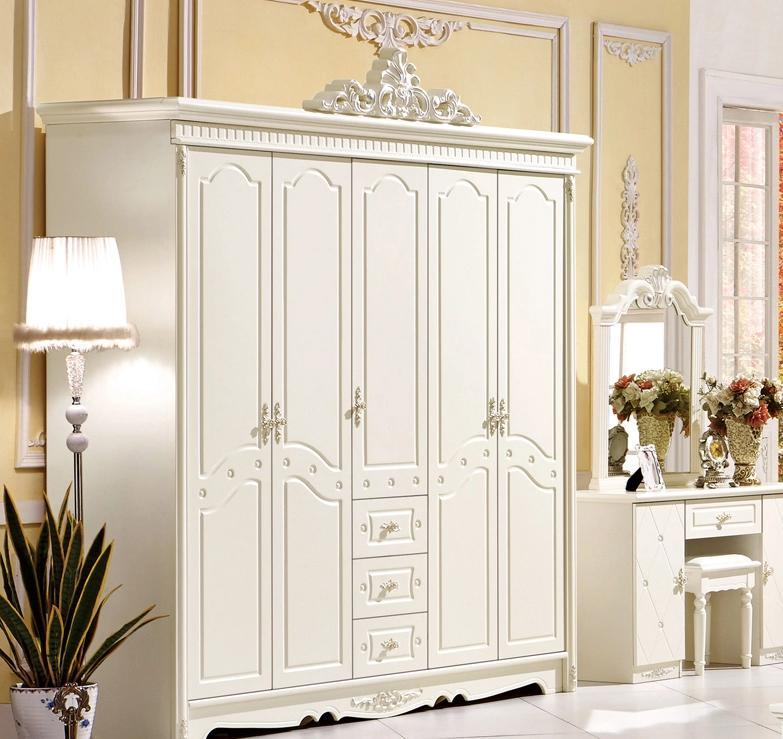 欧式风格整体衣柜效果图 精致格调主义
